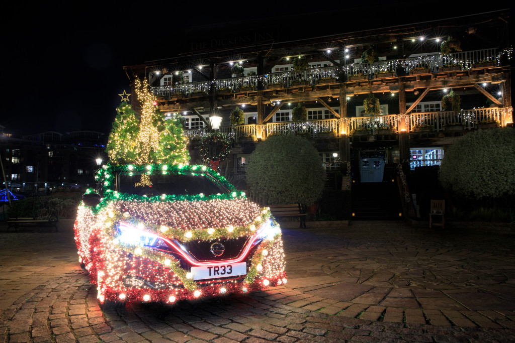 -3-introducing-the-nissan-christmas-tree-a-festive-display-that-is-powered-by-the-nissan-leaf-s-own-regenerative-energy-
