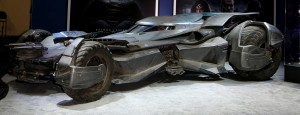 BATMOBILE - BATMAN VS SUPERMAN